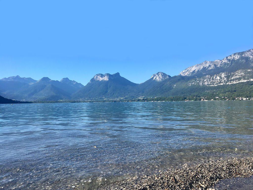 beach-angon-lake-annecy-talloires-holidays-rental